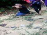 Vídeo mostra mulher matando homem com tiro na ca