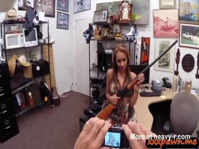 Crazy bitch pawns her stuff and gets her pussy fucked hard