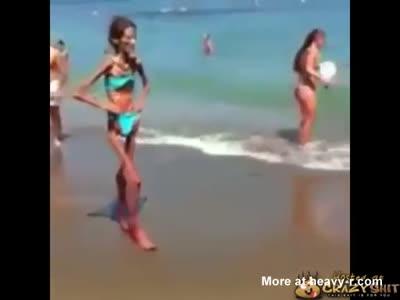 Extreme Anorexic Girl In Bikini