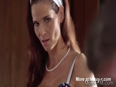 Syren helps her stepdaughter Gianna to please her bf