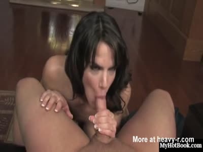 Brooke Shine Loves Blowing Cock