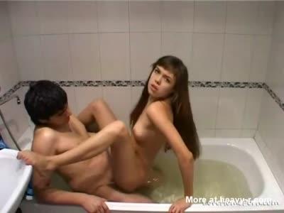 Amateur Couple Sex In Tub