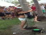 Hot tree hugger