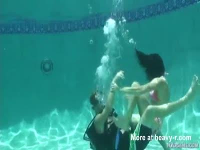 Scuba Diver Drowns Woman
